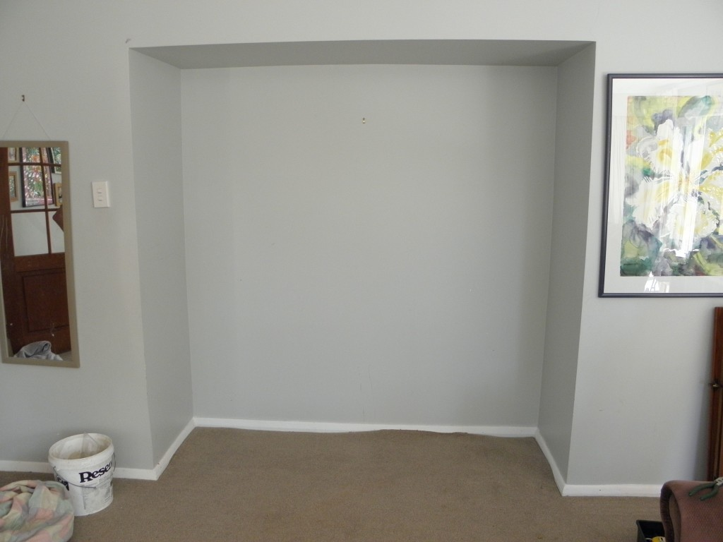 Alcove for in-built shelves